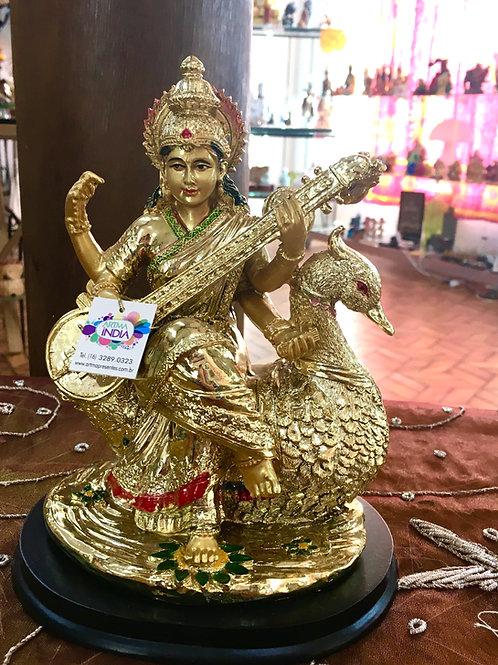 Deusa Sarasvati No Cisne