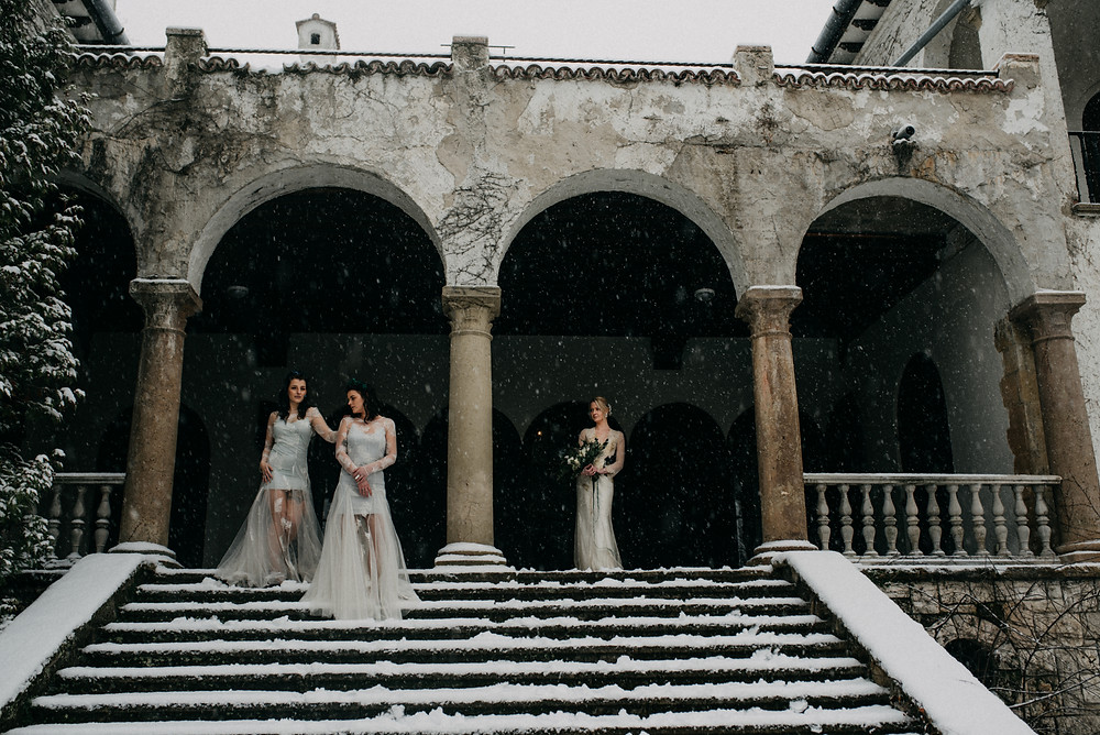 fine-art winter wedding inspiration by The Wedding Fox in Sorg Villa Budapest