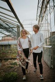 Engagement photoshoot in Gothenburg Bothanical Garden 6 bröllopsfotograf The Wedding Fox