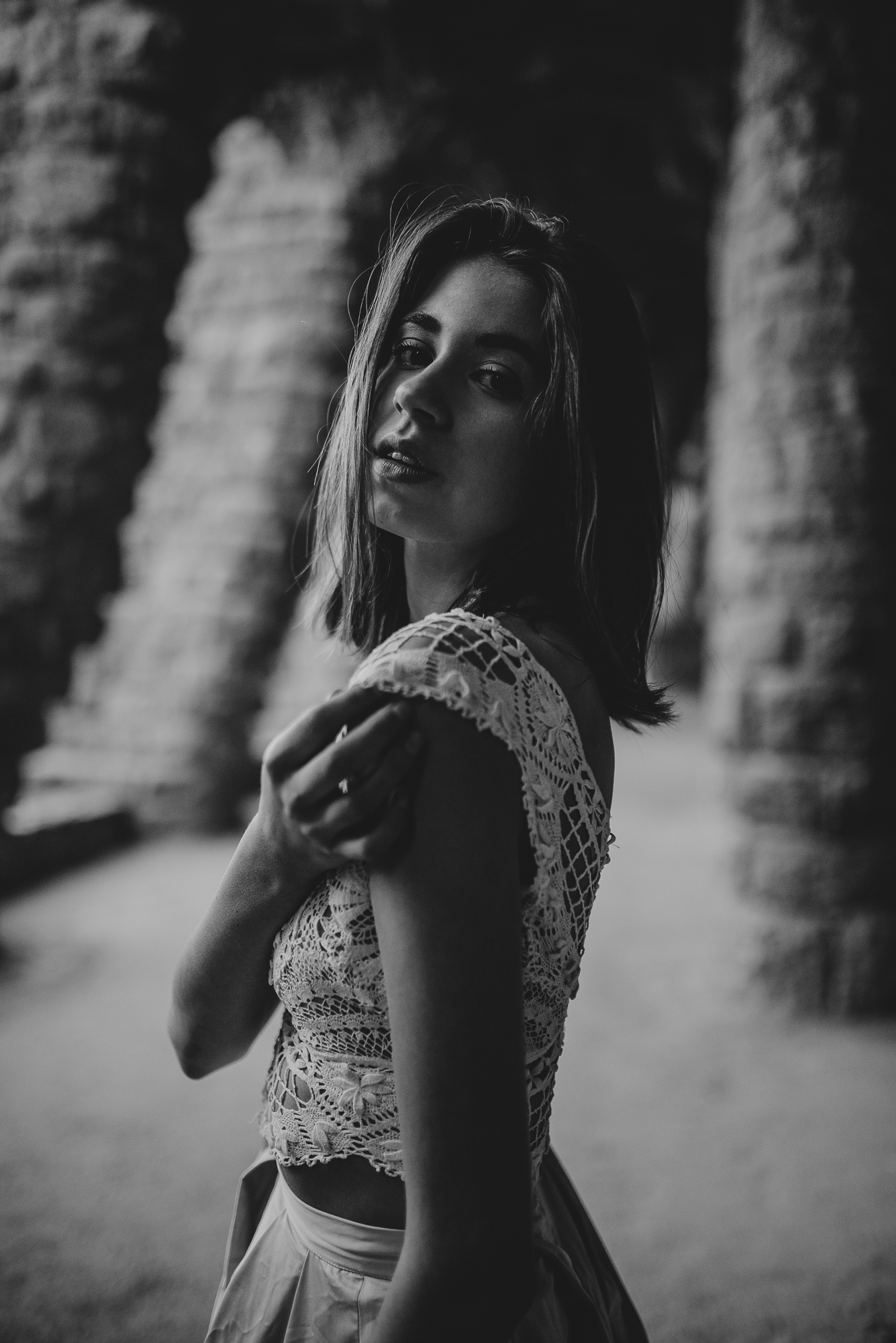 bnw wedding dress inspiration from the land of Pronovias in Güell Park | The Wedding Fox