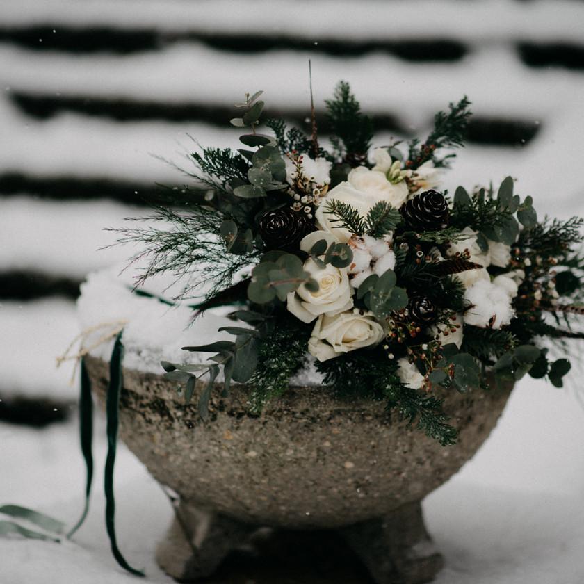 fine-art winter wedding inspirational bouquet by The Wedding Fox in Sorg Villa Budapest