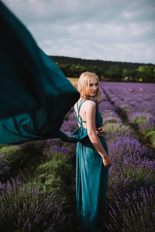 summer wedding photoshoot, styled shoot on a lavender field, wedding inspiration, wedding editorial, wedding dress, 100layercake, junebugweddings, naturalweddingphotographer