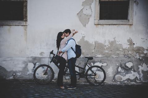 Bohemian Lovestory Photographer  | The Wedding Fox - documentary destination wedding photographer Budapest 3