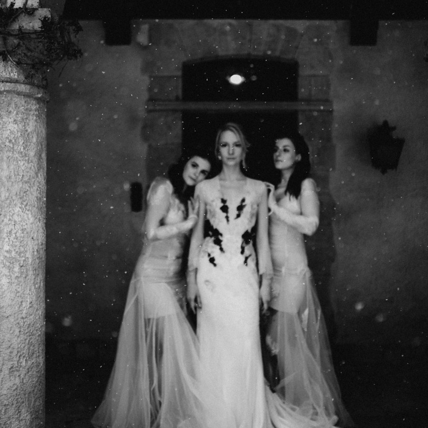 fineart destination wedding photographer    The Wedding Fox   Rienne bridal headpieces and jewelleries   alternative bride   bohemian bride