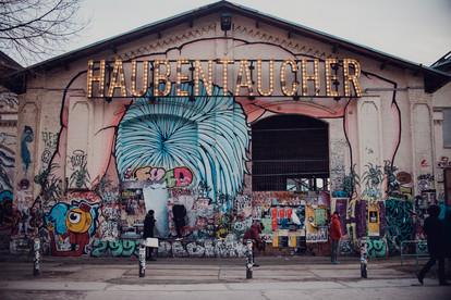 Lifestyle Wedding Photojournalism  | The Wedding Fox - documentary destination wedding photographer Berlin 1 Friedrichshain