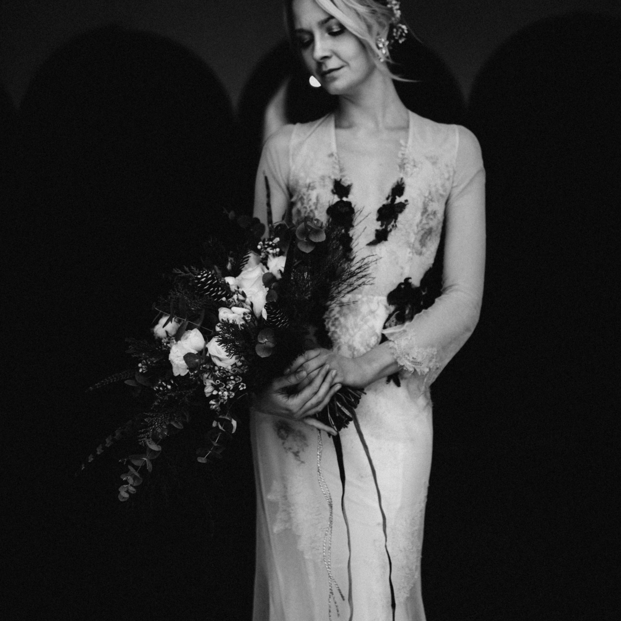 fine-art destination wedding photographer hochzeitsfotografin The Wedding Fox black-and -white