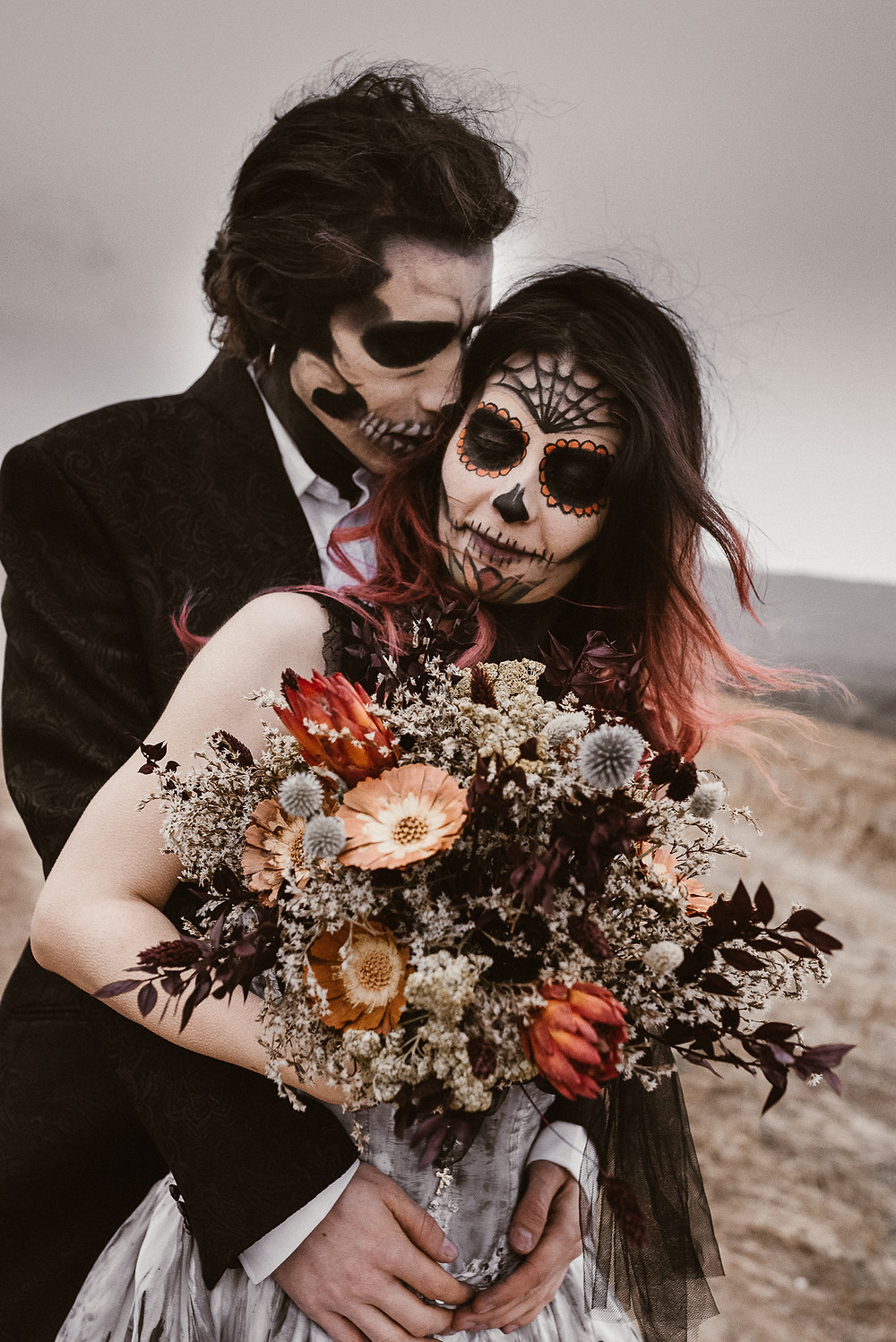 halloween inspired wedding styled shoot | junebugweddings