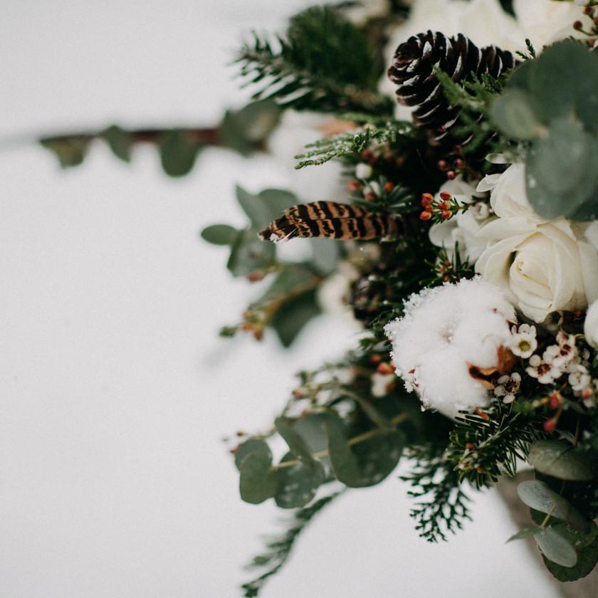 fine-art winter wedding inspiration by The Wedding Fox in Sorg Villa Budapest