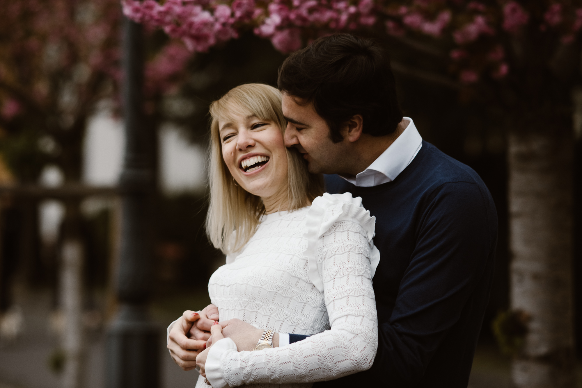 engagement photoshoot in Paris by The Wedding Fox destination wedding photographer