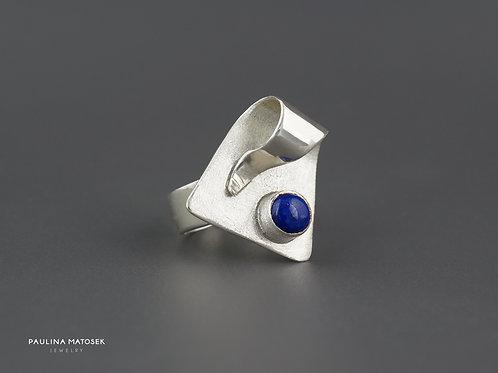 Srebrny pierścień unikaTY z okrągłym lapisem