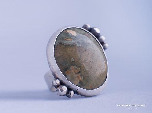 Pierścień unikaTY z jaspisem i granulatem