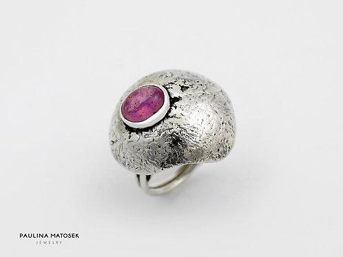 Pierścień flamowany z rubinem unikaTY