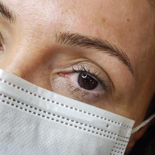 especialista em micropigmentação de sobrancelha.jpeg