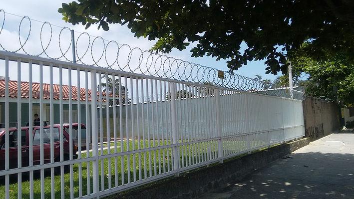 Concertina_para_muros_em_Campinas_-_segu