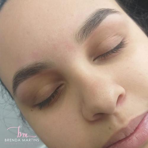 WhatsApp Image 2design de sobrancelhas em paulinia020-01-14 at 15.35.59 (2