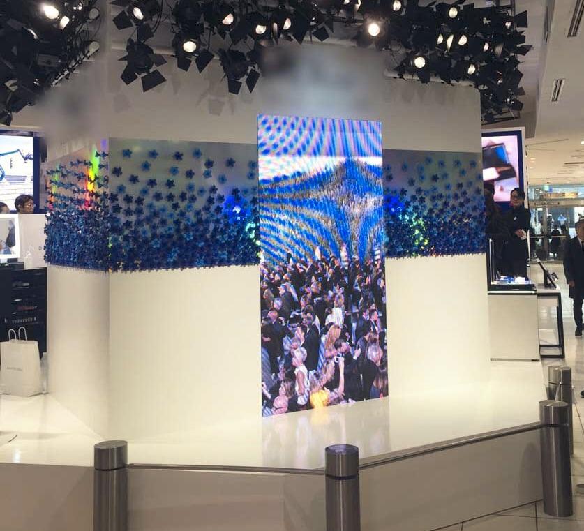 デパート内展示 LED