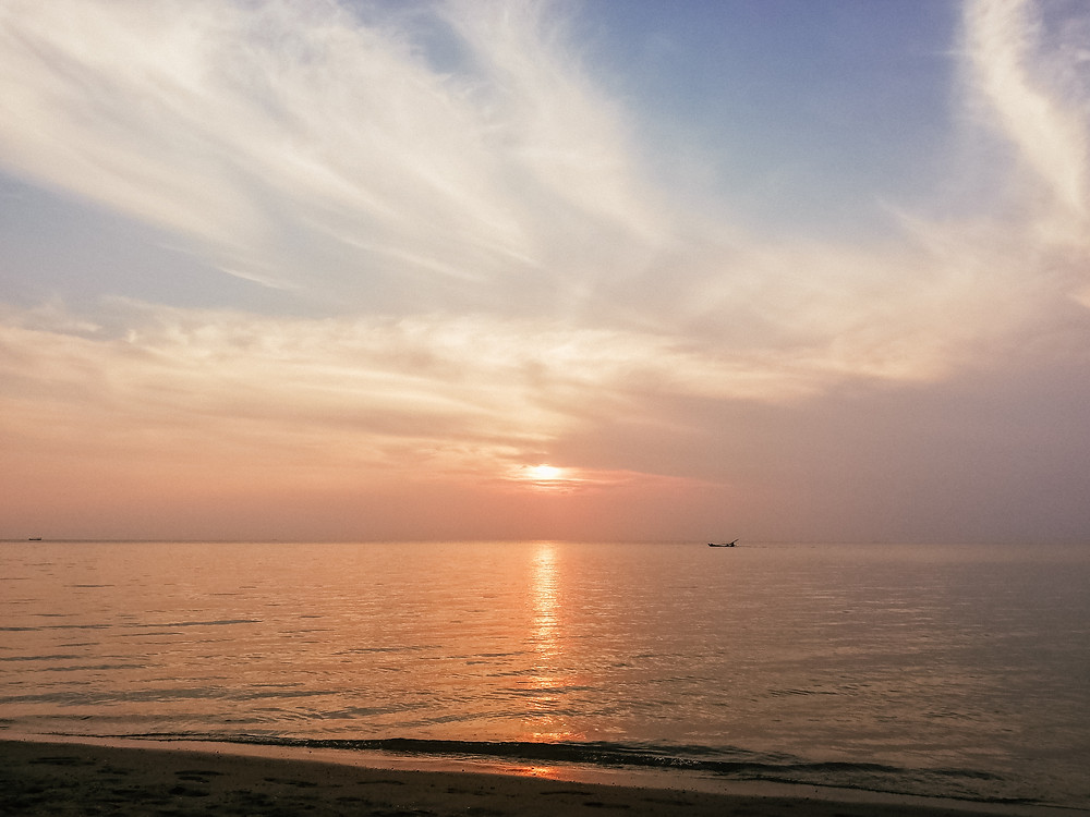 Sunset in Koh Tonsay or Rabbit Island -  Kep - Cambodia
