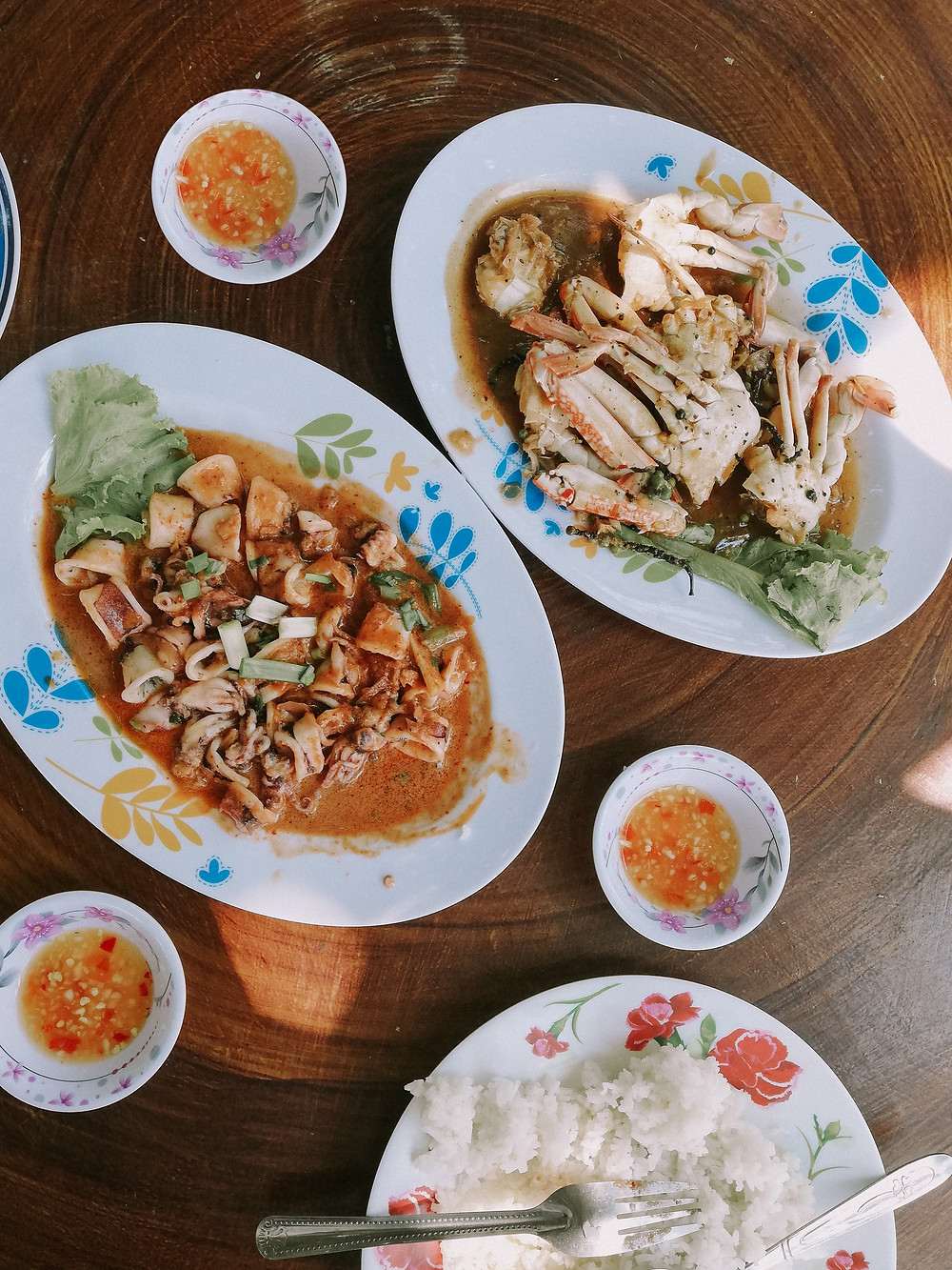 Seafood dishes in Koh Tonsay or Rabbit Island - Kep - Cambodia