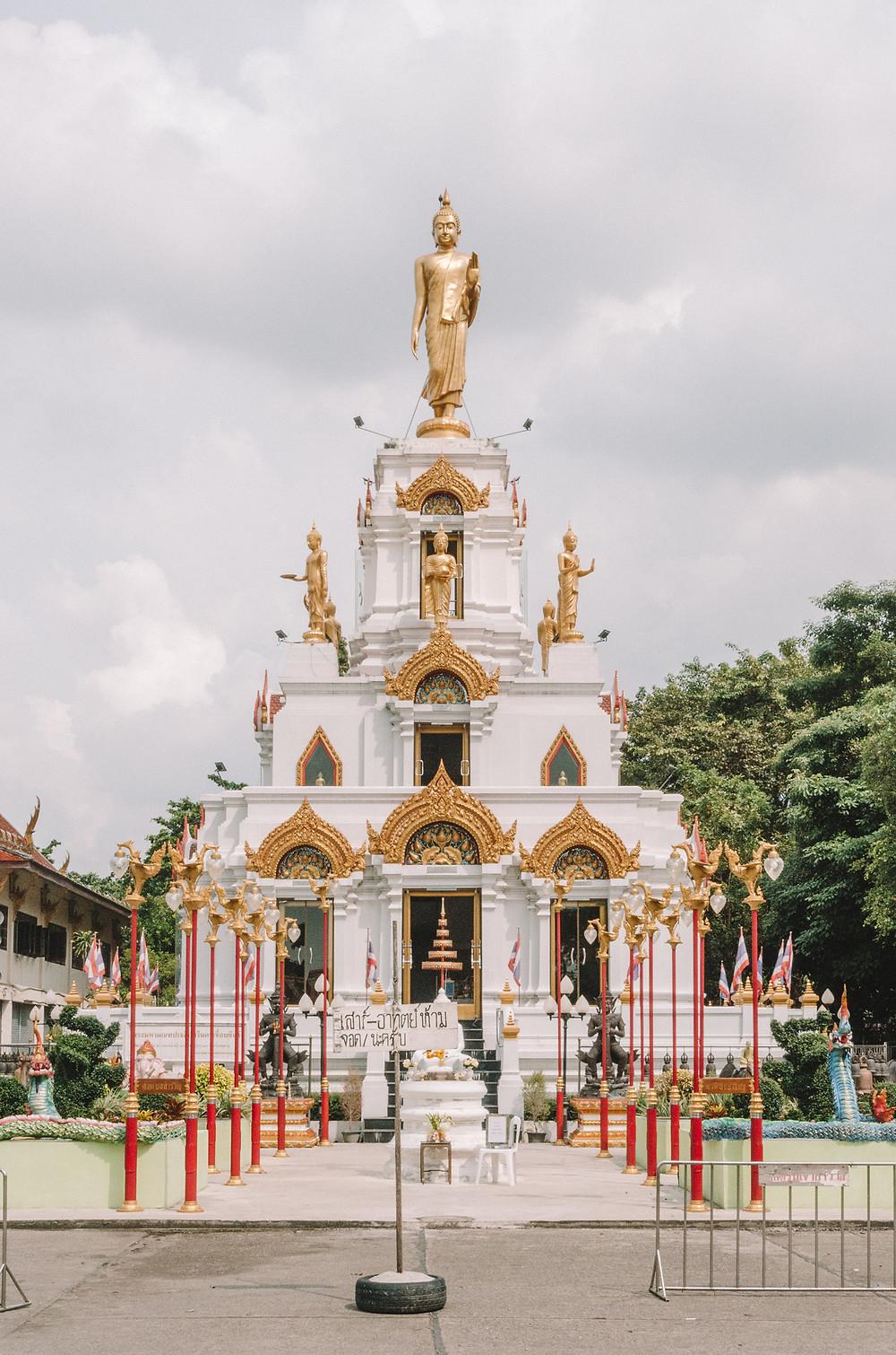 Buddhist temple - Bang Krachao - Bangkok's green lung