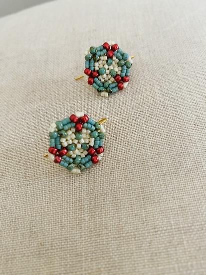 Flower Buds Green - disk hook beadwork earrings