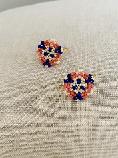Flower Buds Pink - disk hook beadwork earrings