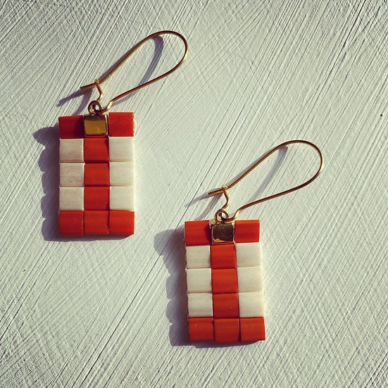 Golden hour - beadwork earrings with surgical steel hooks
