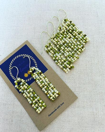 Pebbles Green - Beadwork earrings