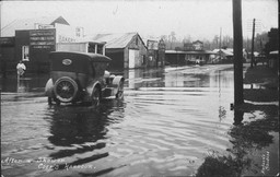 Looking_west_from_Moonee_Street_after_a_shower_of_rain_-_Coffs_Harbour,_NSW,_1922.jpg