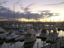 Coffs_Harbour_at_Sunset_2004_-_panoramio_WikimediaCommons.jpg