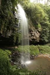 Crystal_Shower_Falls_WikimediaCommons.jpg