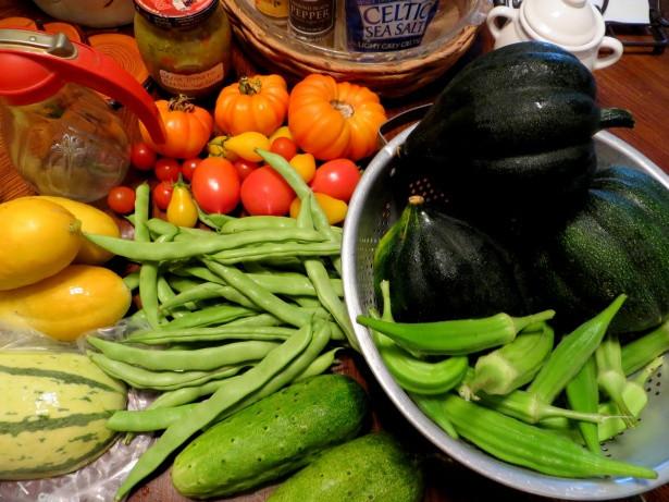 garden-fresh-vegetables-variety
