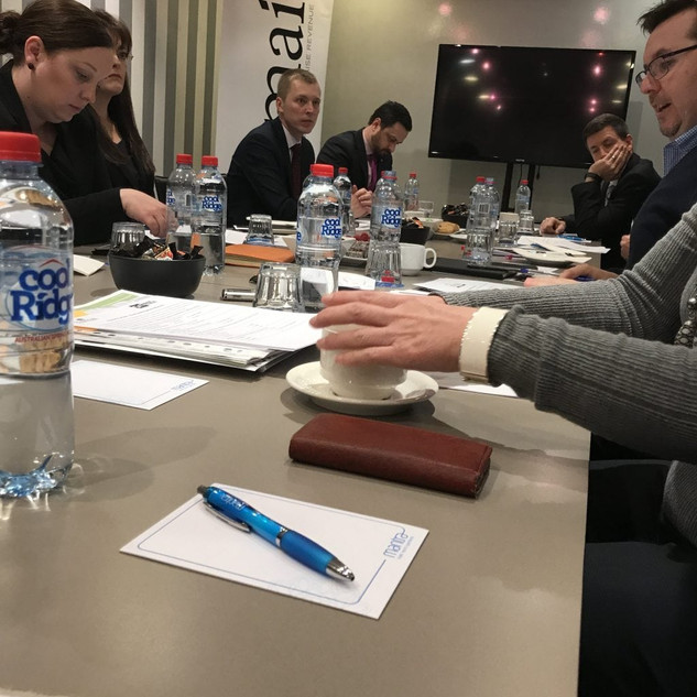 2017-jul-sydney-roundtable-in-action-102