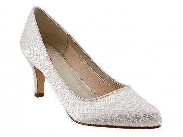 Brooke Dyeable Shoe