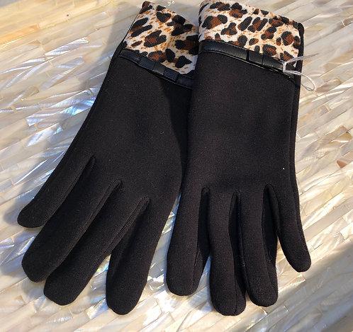 Black gloves with Print Trim