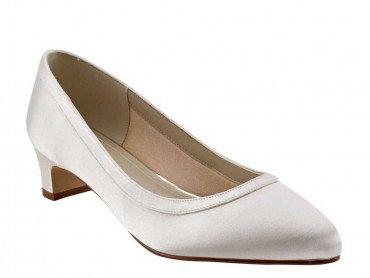 Gisele Wide Fit Dyeable Shoe