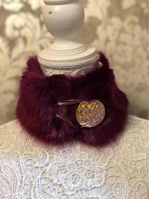 Burgandy Faux fur Collar