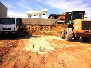 Condomínio Reserva do Engenho - Mais uma obra iniciada.