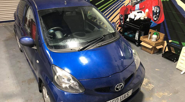 Little Toyota ready for a roof wrap