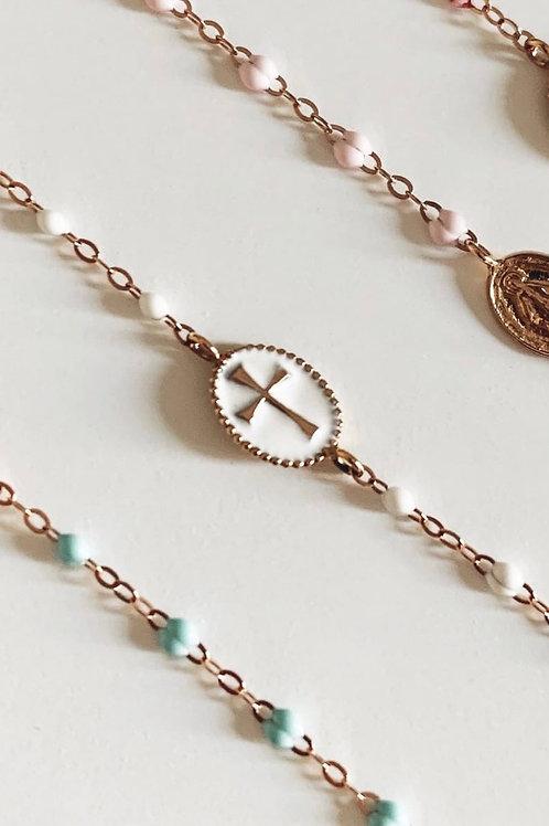 Bracelet or rose résine blanche croix émaillée blanche Gigi Clozeau