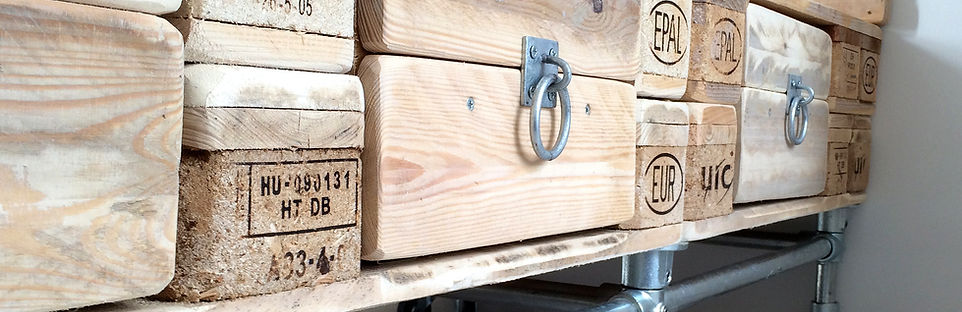 Reclaimed Pallet and Scaffold Bed