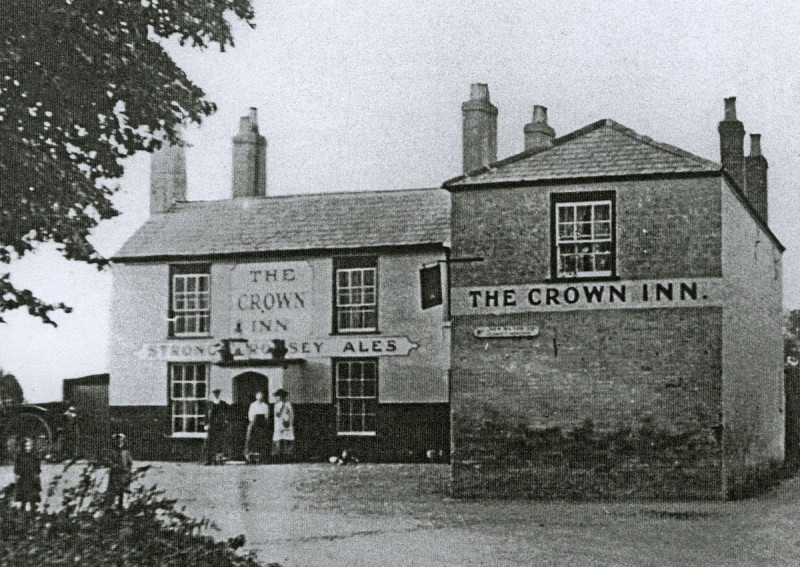 the-crown-inn-everton-late1800s-early190