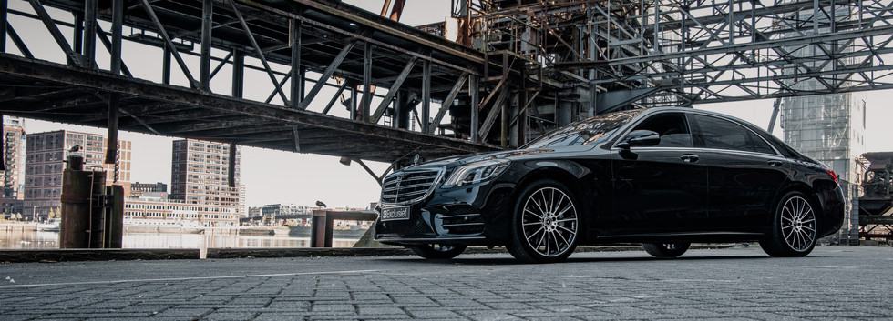 Mercedes S560 1.jpg