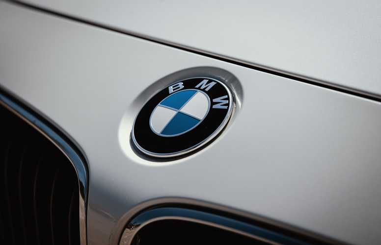 BMW logo_.jpg
