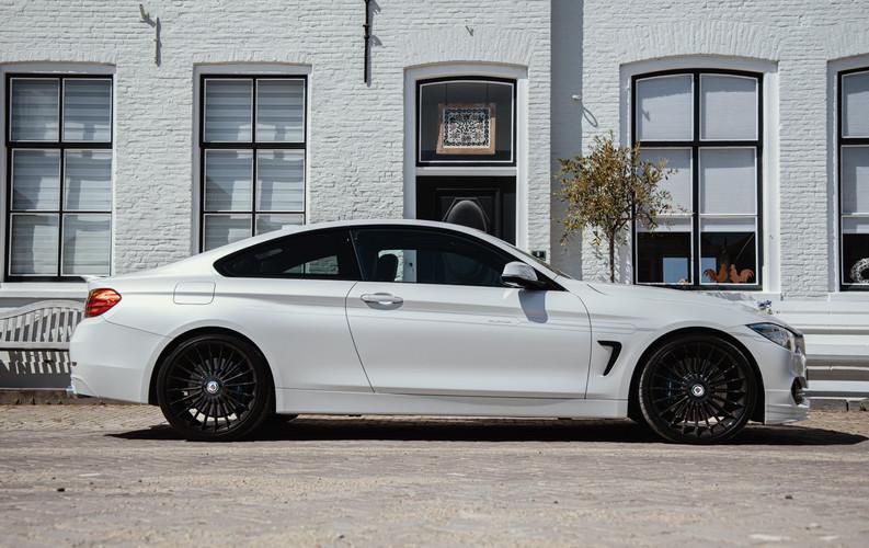 BMW zijkant 4.jpg