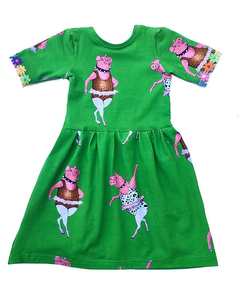 Dancing pig ballerina dress