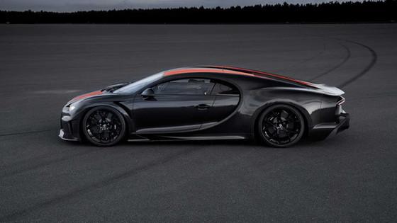Driven Radio Show #32: Bugatti Chiron, Amazon Vans, and Craigslist Cars