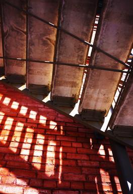 lightShadowStairs_s.jpg