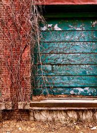 wall1_S.jpg