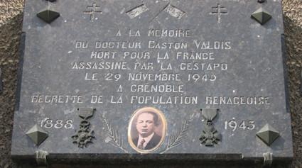 Plaque en l'honneur de Gaston Valois