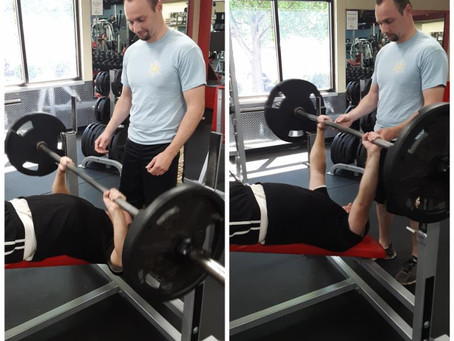 There are many benefits to Decline Bench Presses: